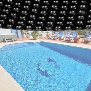 bache bulle t 140 noire pour piscine ronde 3m60. Black Bedroom Furniture Sets. Home Design Ideas